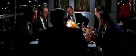 Nixon (Anthony Hopkins) et sa garde rapprochée.