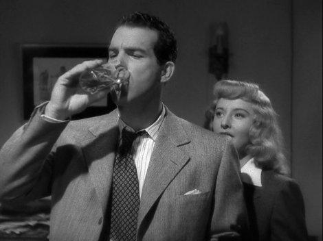 Bourbon pour tout le monde. Fred MacMurray et Barbara Stanwyck dans Assurance sur la mort.