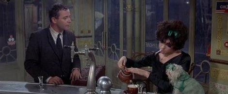 Un thé aux couleurs du personnage. Jack Lemmon et Shirley MacLaine, Irma la Douce, 1963.