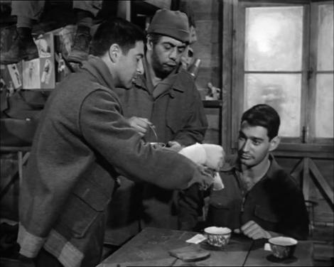 Shapiro (Harvey Lembeck), Animal (Robert Strauss) et Bagradian (Jay Lawrence). Stalag 17, 1953.