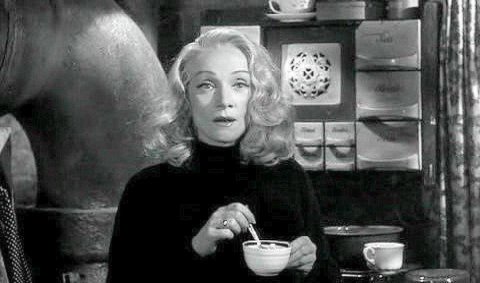 Marlene Dietrich, sans sucre.